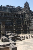 Ватт Angkor - стены руин виска Prohm животиков города кхмера Angkor Wat - заявите памятник стоковые фото