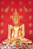 Вау! Красивый Будда в церков, Phichai, Uttaradit, Таиланде Стоковые Фото