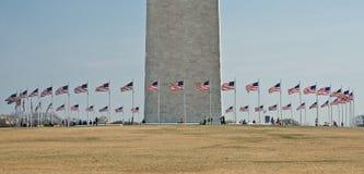 вашингтон памятника 2 флагов круга Стоковое Изображение RF