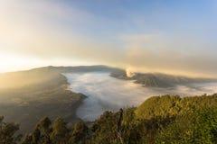 вашингтон США восхода солнца положения национального парка mt более ненастный Bromo, Индонезия стоковая фотография