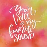 Ваш голос мой любимый звук Полюбите сказать для карточки дня ` s валентинки Оформление на зеленой и розовой текстуре акварели бесплатная иллюстрация