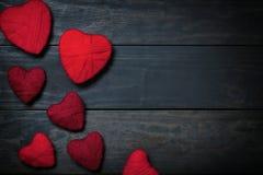Валентайн сердец красное s золота дня предпосылки Стоковые Изображения