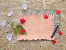 Валентайн сердец красное s золота дня предпосылки Стоковые Изображения RF