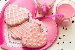 Валентинка украсила печенья Стоковые Фотографии RF