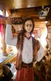 вал скульптуры плотника оси деревянный Стоковая Фотография