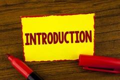 Введение текста почерка Часть смысла концепции первая представления документа официально к аудитории написанной на желтой ручке стоковое фото rf