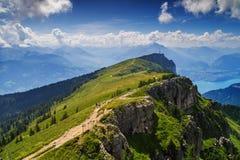 Вверх по Niederhorn Стоковые Изображения