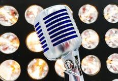 введенное в моду ретро микрофона Стоковые Изображения RF