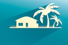 Введенные в моду бунгала и пальмы белые с квартирой Стоковая Фотография