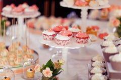 Введенные в моду wedding печенья Стоковые Изображения RF