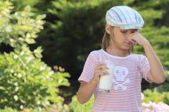 ввпейте молоко I для того чтобы не хотеть Стоковые Фото