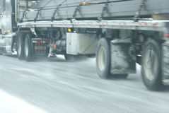 вдоль движения скоростей ледистых дорог снежного Стоковое Фото