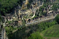 вдоль села реки Франции Стоковая Фотография RF