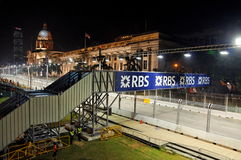 вдоль следа singapore гонки ночи залы города f1 Стоковое Изображение