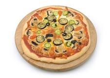 Вегетарианская изолированная пицца Стоковое Фото