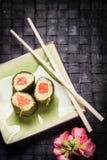 Вегетарианские суши с цветками Стоковые Изображения