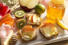 Вегетарианские сэндвичи стоковая фотография rf