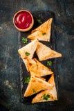 Вегетарианские samosas samsa Стоковые Фото
