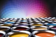 Ведра вполне покрашенной радугой краски масла Стоковое Изображение