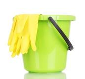 Ведро и перчатки для чистки Стоковое Фото