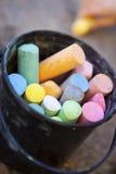 Ведро crayons Стоковое Изображение RF