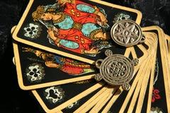 ведьма рассказчика эзотерической удачи атмосферы волшебная Стоковые Фотографии RF