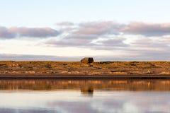 """Вездеходная тележка в научно-исследовательской станции """"острове Samoylov """"в Сибире стоковое фото rf"""