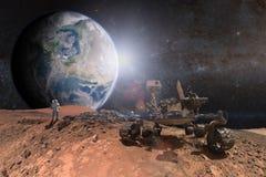Вездеход Марса любопытства исследуя поверхность красной планеты стоковое фото