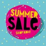 Векторная графика продажи лета теперь магазин Дизайн нарисованный рукой абстрактный Круг щетки розовый с желтым и черным текстом иллюстрация штока