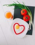вектор Валентайн иллюстрации дня пар любящий завтрак романтичный Стоковое Изображение