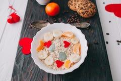 вектор Валентайн иллюстрации дня пар любящий романтичное breakfastoatmeal Стоковые Изображения