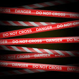 Вектор ленты опасности выравнивает красную белизну Не пересеките, опасность, не войдите в, предостеречь Темная предпосылка иллюстрация штока