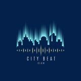 Вектор: Здание города и логотип волны ядровый, концепция клуба музыки Стоковое Изображение