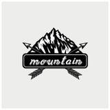 Вектор иллюстрации логотипа горы Стоковые Фотографии RF