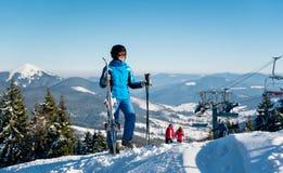 вектор лыжника гор иллюстрации Стоковые Фотографии RF