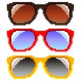 Вектор пиксела изолированный солнечными очками Стоковая Фотография