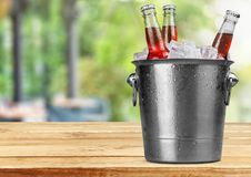 вектор померанца иллюстрации бутылки пива предпосылки Стоковое фото RF