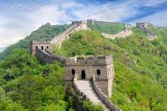Великая Китайская Стена в лете стоковые фото