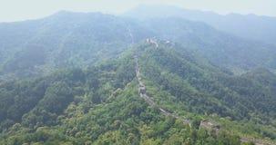 Великая Китайская Стена Китая, воздушного отснятого видеоматериала, отснятого видеоматериала трутня, Пекин сток-видео