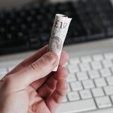 Великобританские деньги 10 фунтов Стоковые Изображения