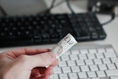Великобританские деньги 10 фунтов Стоковые Фото