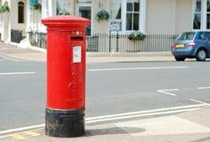 великобританский красный цвет почтового ящика стоковое фото rf