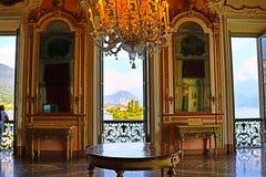 Великолепный дворец в стиле барокко внутреннее Isola Bella Lago Maggiore Италия стоковые фото