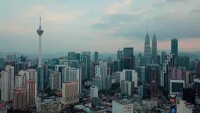 Величественный вид с воздуха горизонта города Куалаа-Лумпур рано утром видеоматериал