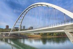 Величественный мост Walterdale стоковая фотография