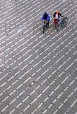 велосипедисты города стоковая фотография rf