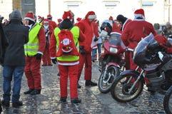 велосипедисты santa Стоковые Фотографии RF