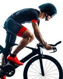 Велосипедист задействуя b триатлона Triathlete изолированный силуэтом белый стоковая фотография rf