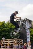 велосипедист скачет Стоковое фото RF