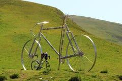 Велосипеды на Col Glandon, Франции стоковое фото